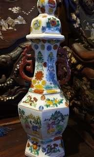 chinese rare  antique porcelain vase  with children handpainted