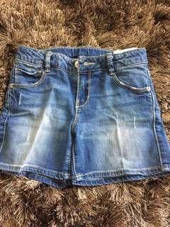 Hot pants for girl