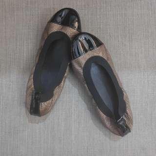 Copper Rippled with Black Toecap Ballet Flats