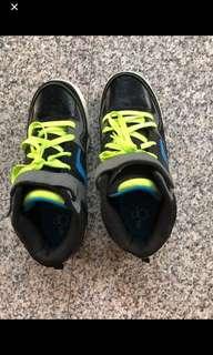Ocean Pacific sports shoe
