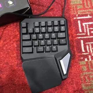 T9 PRO gaming keyboard