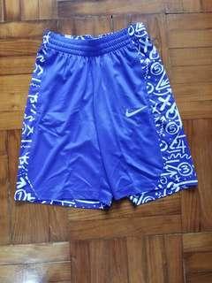 全新Boys Nike Shorts (男童 size)