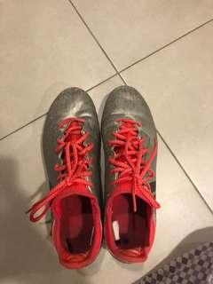 Adidas X16 football boots
