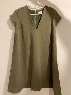 Tobi V-Neck Dress