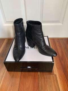 Nine West Shoespeak Leather Boots Size 9
