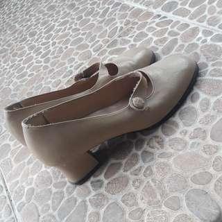 🌸 vintage heels 🌸
