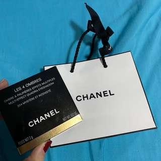 🚚 BRAND NEW IN PACKAGE Chanel eyeshadow palette