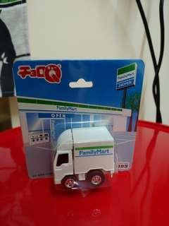 Choro Q Familymart 貨車