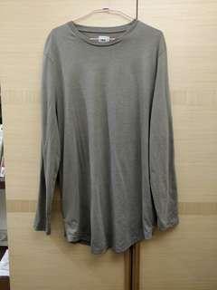 🚚 ASOS 男生綠色長版長袖T恤 M