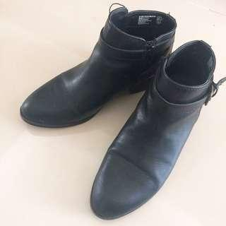 American Eagle Boots - Black size 38