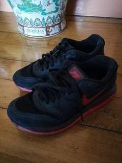 Nike Airmax Lunarlon Size 6