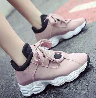 Sweet Sneaker Salem
