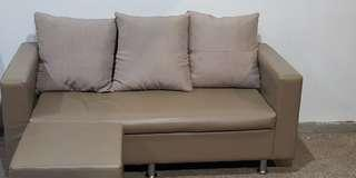 🚚 Sofa with Ottoman
