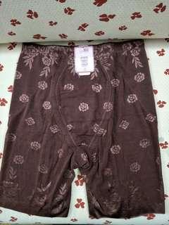 🚚 63)XXL size 曼黛瑪璉無痕修飾褲塑褲