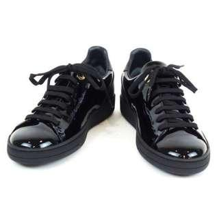 Authentic Louis Vuitton Frontrow sneakers (Gloss black/Gold)