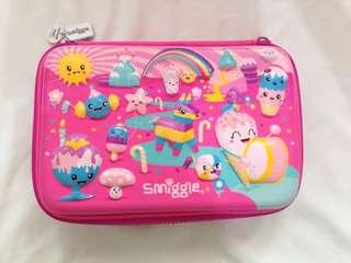 SMIGGLE SCENTED HARD COVER POUCH BOX