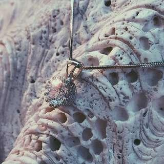 Kalung Pendant Crystal Diamond Platinum