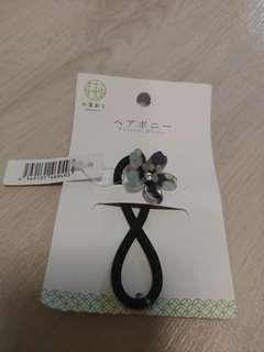 DAISO Japan - Acrylic Flower Ponytail Holder / Hair Band
