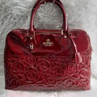 Authentic Bonia Alma Red Patent Leather hand bag-Excellent🍧🌼🌻 Special