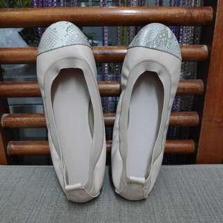 Nude with Cream Ombre Snake Pattern  Toecap Ballet Flats