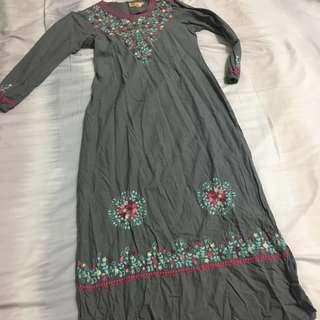 Grey Flower Embroidered Jubah Dress