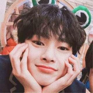 WTB ANY STRAY KIDS JEONGIN THING