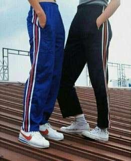 Track pants (w side stripes)