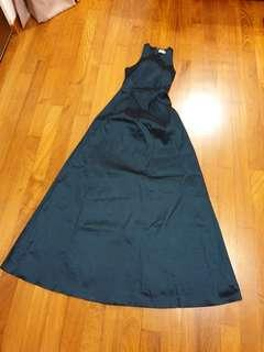 BNWOT Long Green Dress Formal XS