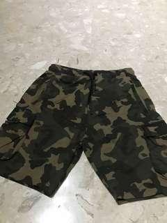 🚚 Authentic BN Zara Man Camouflage Drawstring Shorts