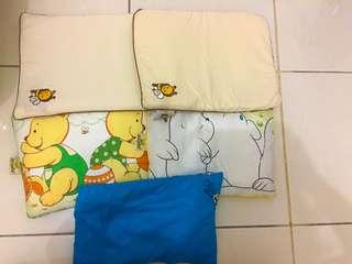 Bantal babybee 2 pcs + 3 bantal peyang