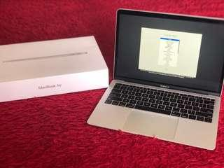 "MacBook Air (Silver, 13,3"", 8GB RAM, 128GB SSD)"