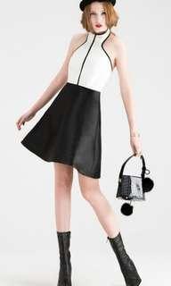 Upstage Black White Duo Tone Halter Neck Dress(S)
