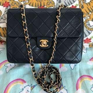 Chanel Vintage 20cm 小方子 Chain Bag 黑藍色羊皮袋