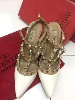 Valentino rockstud heels white