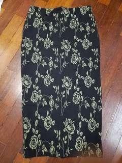 Atmosphere black green floral skirt