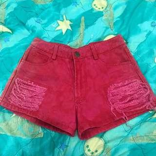 RED SHORT RIPPED JEANS
