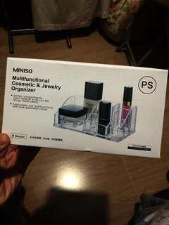 Miniso化妝品收納架