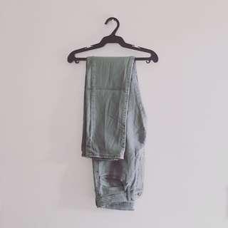 Unisex Grunge Jeans