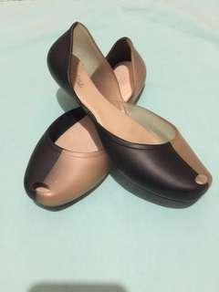 Authentic Melissa (mismatched,one by one)