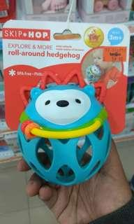 Skip hop explore & more collection roll around rattles