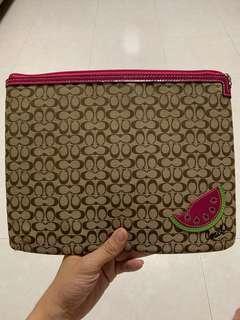 🚚 Coach iPad bag