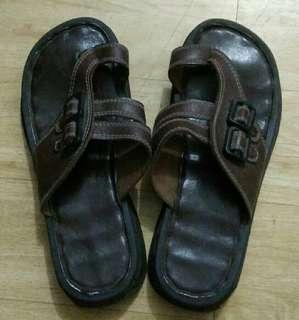 Preloved Brown Sandals