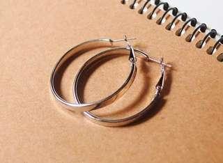 🚚 Metal hook large round earring