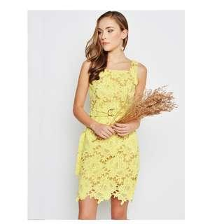 LAB ADELINA CROCHET LACE DRESS W BELT YELLOW