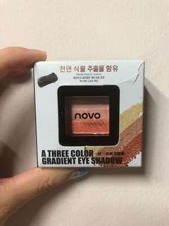 NEVER USE Novo Eyeshadow