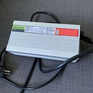 Minimotors 6.5A fast charger 60V