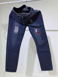 塗鴉風小直筒牛仔褲26