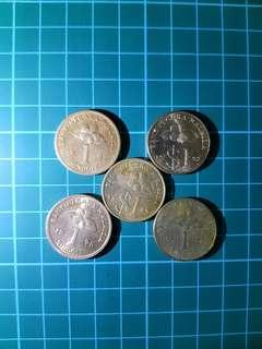 5 x 1 ringgit coin
