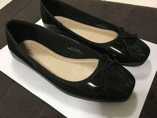Marks and Spencer glossy black flats