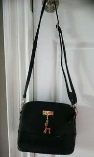 New Black purse